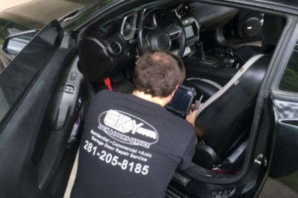Chevrolet Camero Car Key Replacement Spring, Texas