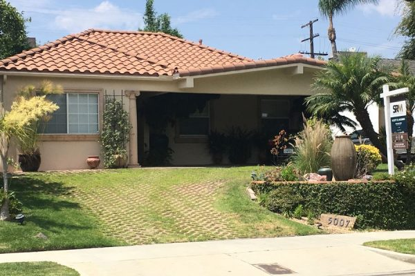 Water Damage Restoration Company in Hollywood CA-888-411-0980