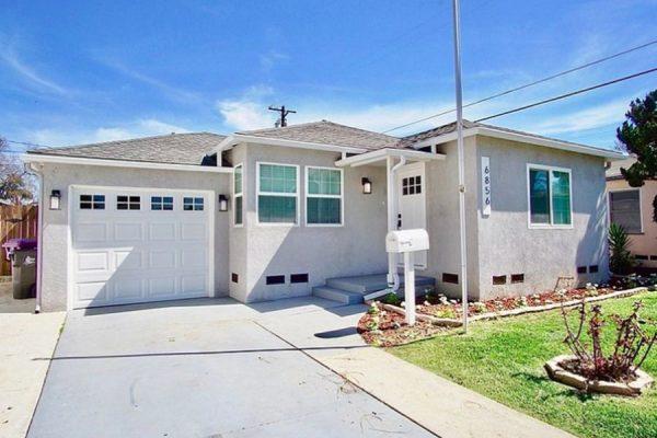 Water Damage Restoration Company in Long  Beach CA- 411 Restoration LLC