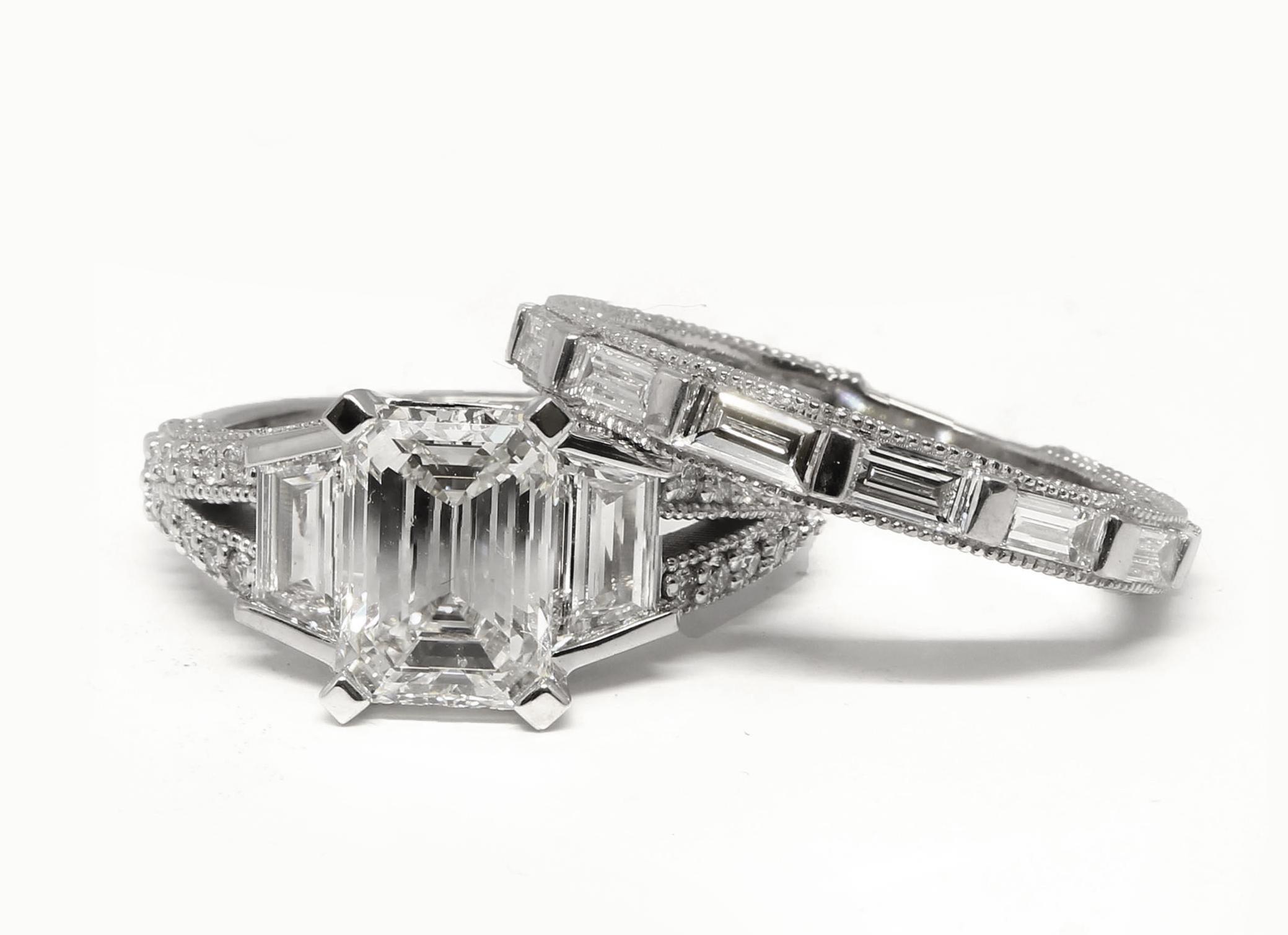 Custom Emerald Diamond Engagement Ring Set