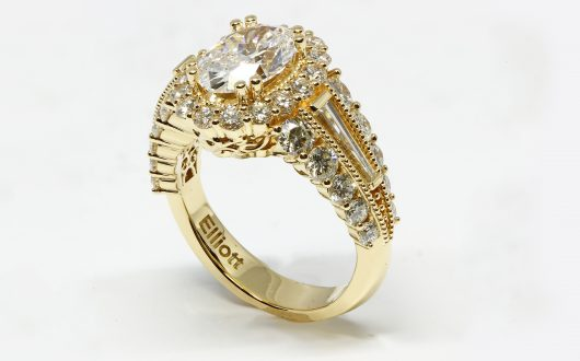 Oval Diamond Engagement Ring w Lab Grown Diamond