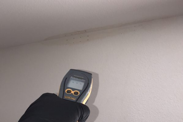 Water Damage From A Leak in Tustin, CA