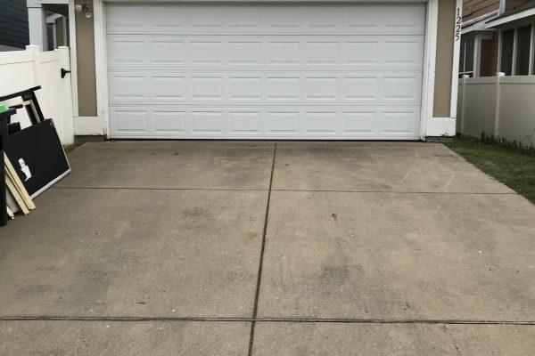 New Garage Door Installation in Dallas